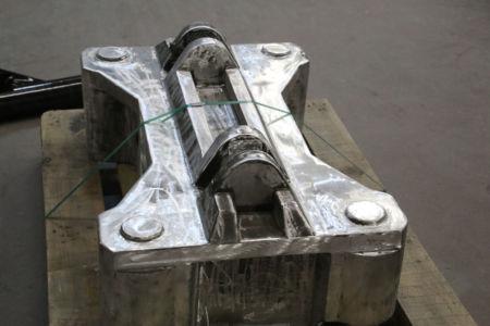 Piece sable brute debarbage pour traitement thermique