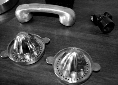 Telephone et presse citron